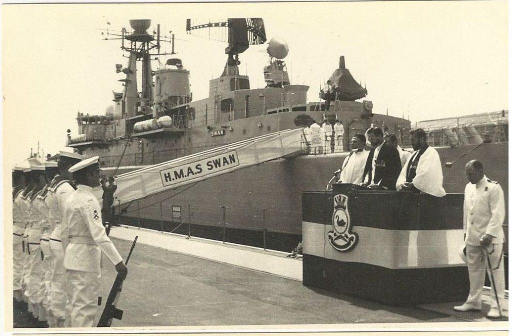 HMAS SWAN1970b