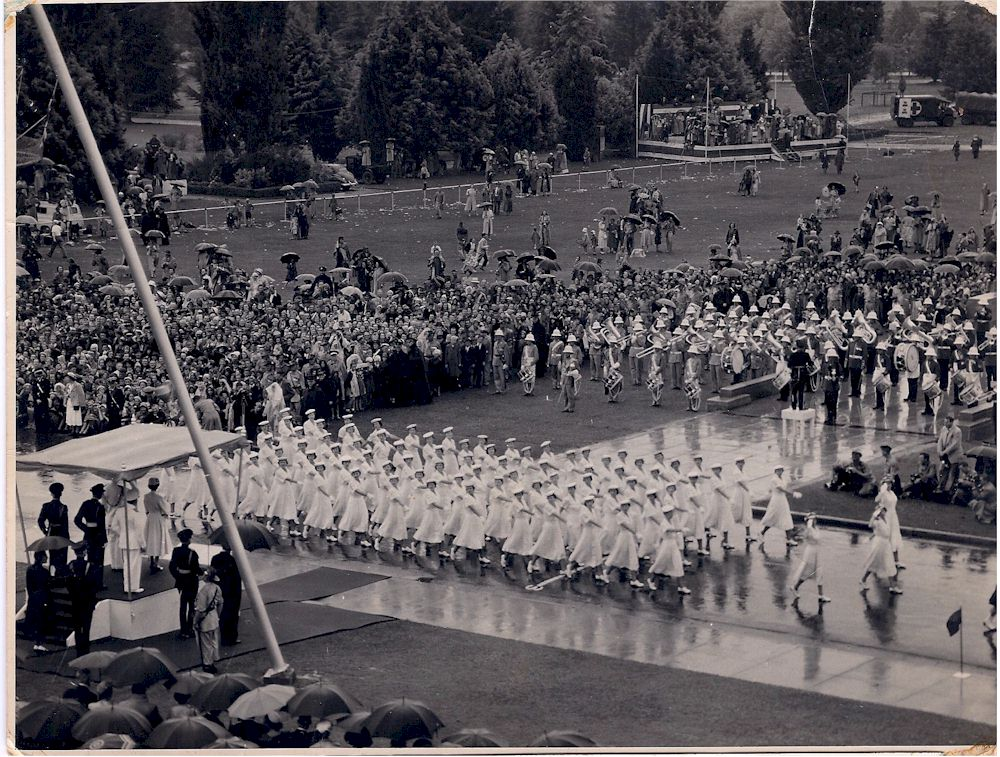WRANS Marching 1953 Canberra